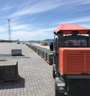 Brolægning på Nuuk Havn Grøndland